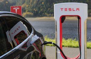 kendaraan-listrik-tesla