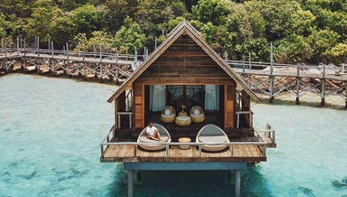 pulau-bawah-villa-atas-air